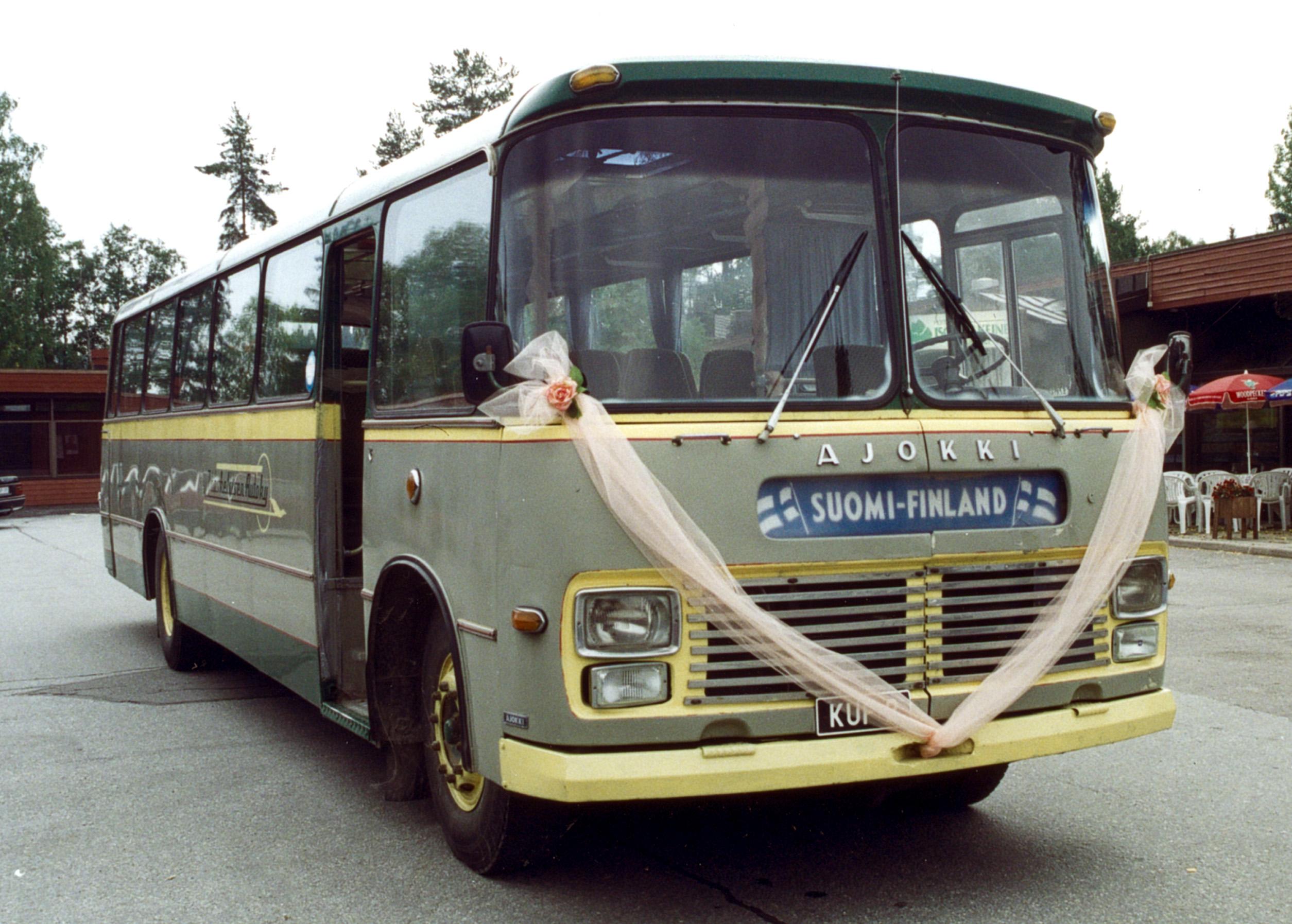 Vuokrattavana Museobussi.